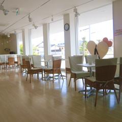 カフェスペースもあります